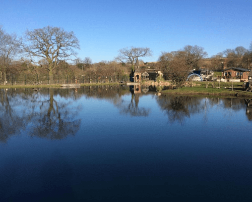 Caistor Fishing Lakes